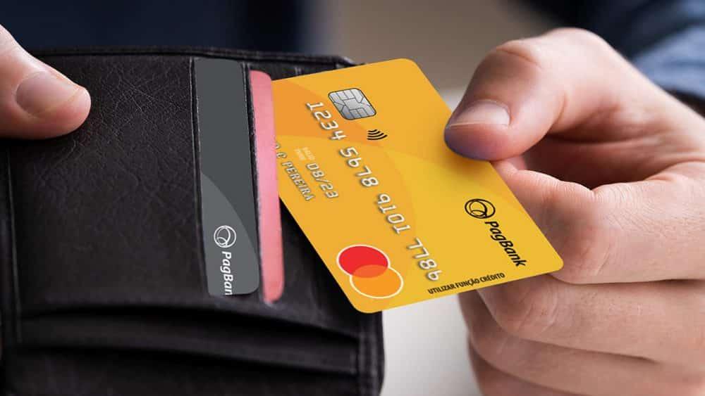 Cartão pagseguro: conheça o cartão disponível para negativados!