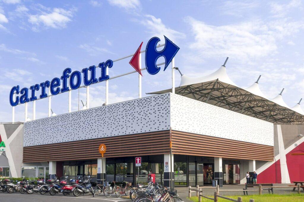 Grupo carrefour anuncia serviço de crédito para clientes que não possuem cartão